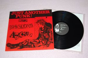 Just Another Punk ! THE SPIKY JOYS / THE ATTACKED Split 12'LP