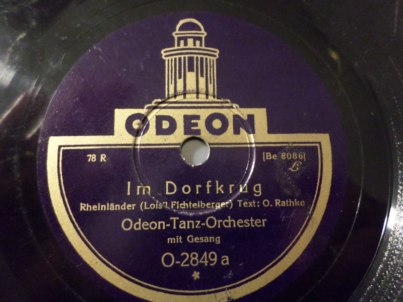 ODEON-TANZ-ORCHESTER & GESANG