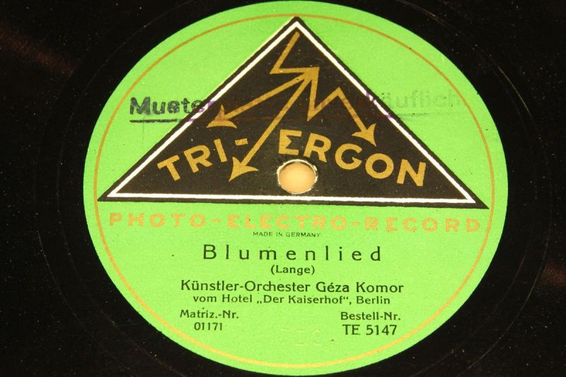 GEZA KOMOR with Orch.