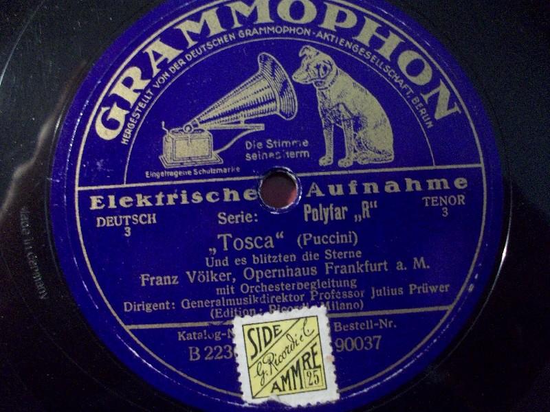 FRAN VÖLKER singt Puccini