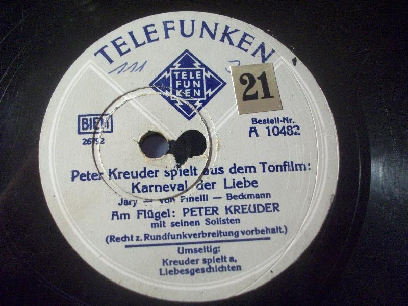 PETER KREUDER spielt aus dem Tonfilm: Liebesgeschichten / Karneval der Liebe