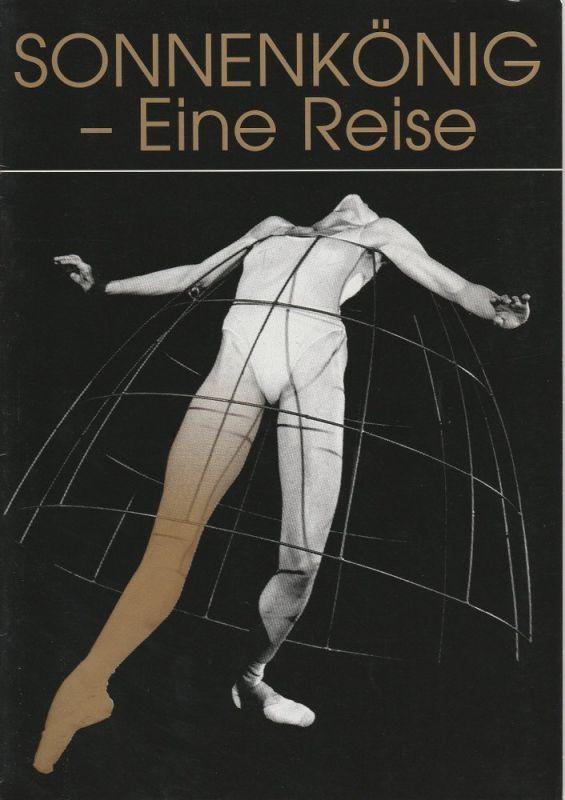 Komische Oper Berlin, Albert Kost, Karin Schmidt-Feister, Hartmut Hennig, Arwid Lagenpusch ( Fotos ) Programmheft Uraufführung Sonnenkönig - Eine Reise 23. Juni 1996
