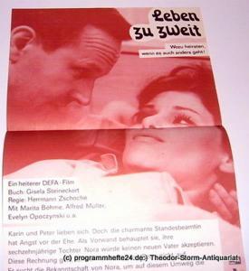 DEFA Filmplakat Leben zu zweit. Wozu heiraten, wenn es auch anders geht ! Ein heiterer DEFA-Film