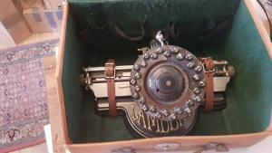 Lambert Schreibmaschine 1896 System: Tastring