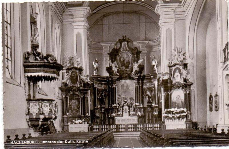 5238 HACHENBURG, Kath. Pfarrkirche, Innenansicht