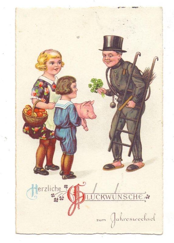 BERUFE - SCHORNSTEINFEGER / CHIMNEY SWEEPER, Schornsteinfeger mit 2 Kindern und Glückssymbolen, 1931