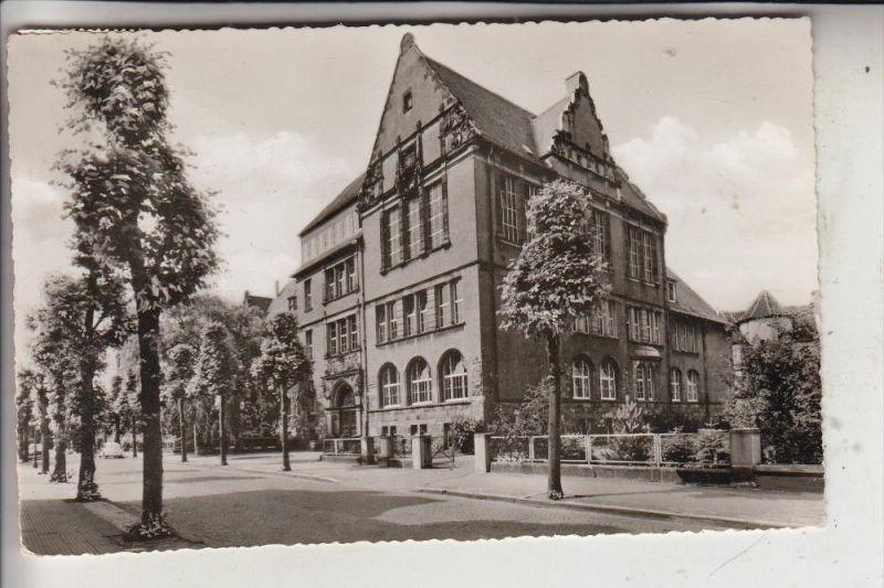 4440 RHEINE, Gymnasium, 1962