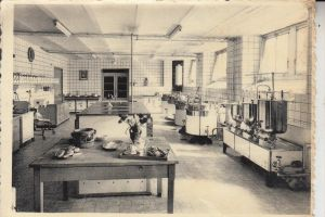 BERUFE - KOCH / Küche, Instituut Heilige Familie, Tielt
