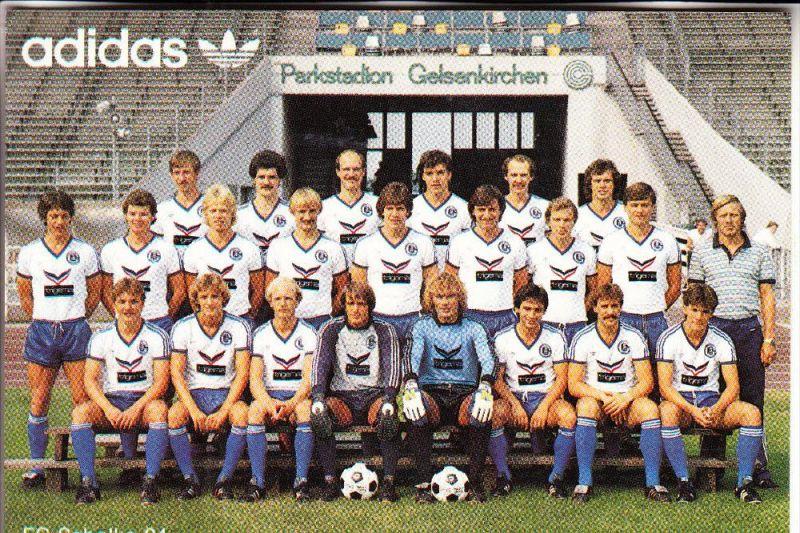 SPORT - FUSSBALL - SCHALKE 04 - Mannschaft 1982 / 83