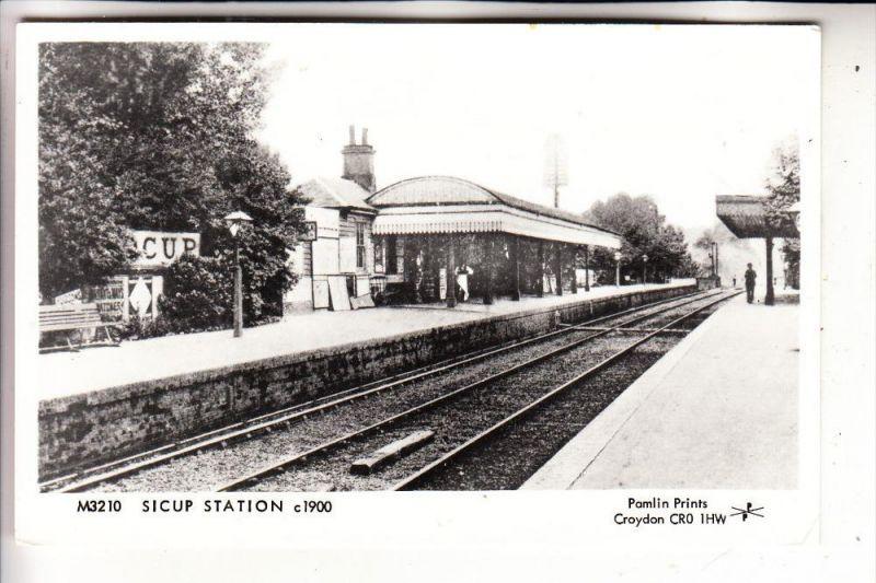 BAHNHOF / Station / La Gare - Sidcup / GB, rückseitig dünne Stelle