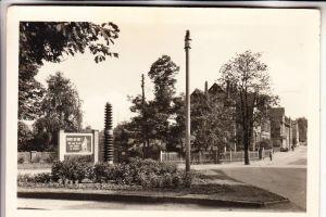0-6530 HERMSDORF, DDR Friedens-Propaganda, Grünanlagen am Bahnhof, 1965