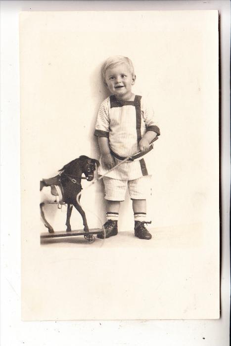 KINDER - SPIELZEUG / Holzpferd, Photo, 1940