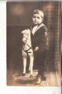 KINDER / Children / Enfants / Bambini / Ninos / Kinderen - SPIELZEUG - Holzpferd, Photo-AK