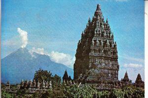 INDONESIA / INDONESIEN, Prambanan, Hindu temple