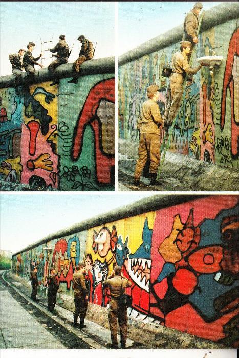 1000 BERLIN, Berliner Mauer, DDR-Grenzer demontieren Skulpturen v. Noir & Bouchet
