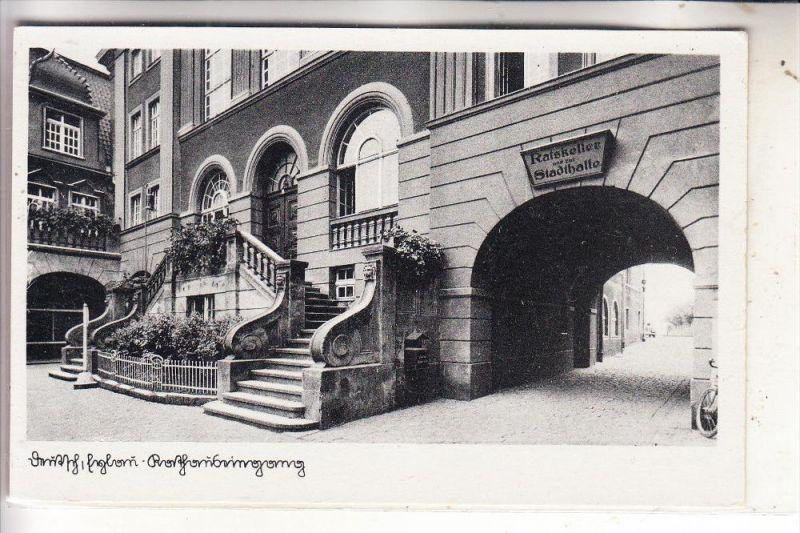 OSTPREUSSEN - DEUTSCH EYLAU / ILAWA, Durchgang zum Ratskeller und Stadthalle, 1943