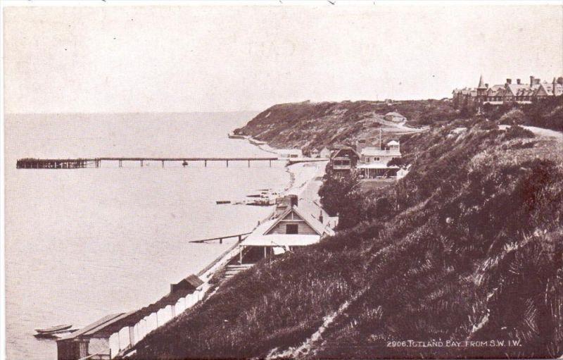 UK - ENGLAND - ISLE OF WIGHT - Totland Bay