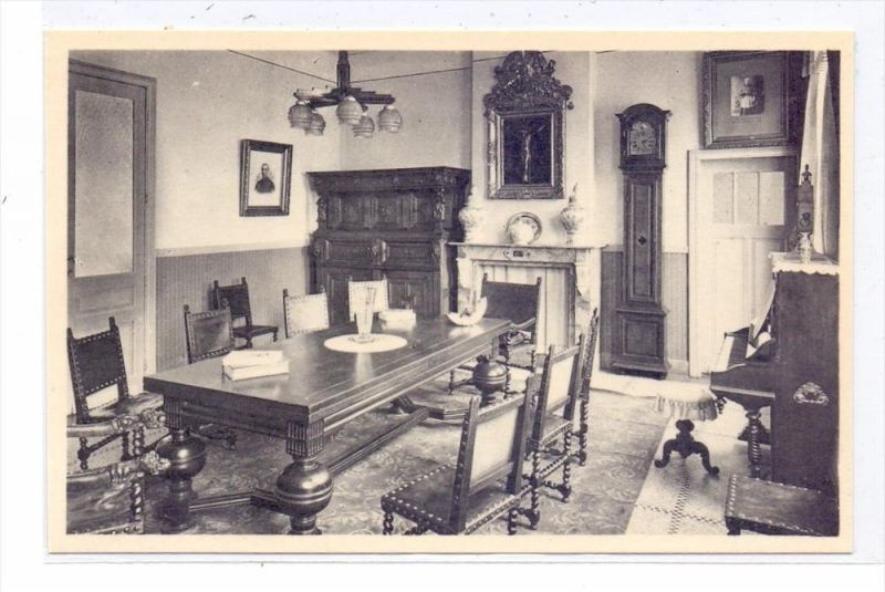 B 2380 RAVELS, O.L. Vrouw van de Kempen, Ontvangszaal, Piano