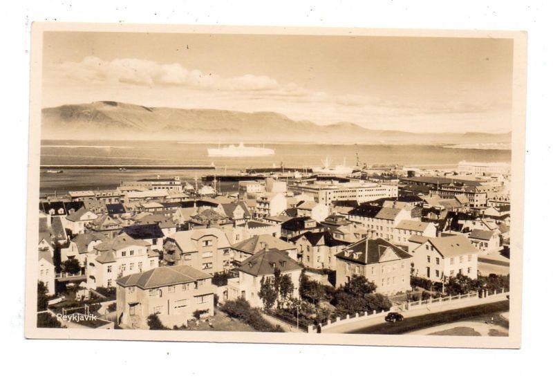 ISLAND - REYKJAVIK, Panorama mit Hafen
