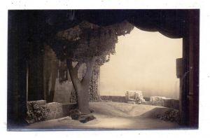 MUSIK - OPER - Bayreuther Festspiele, Richard Wagner, Bühnenfestspielhaus-Dekoration, Tristan & Isolde, 3.Akt, Burg