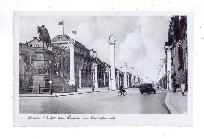 1000 BERLIN, Unter den Linden im NS - Flaggenschmuck 0