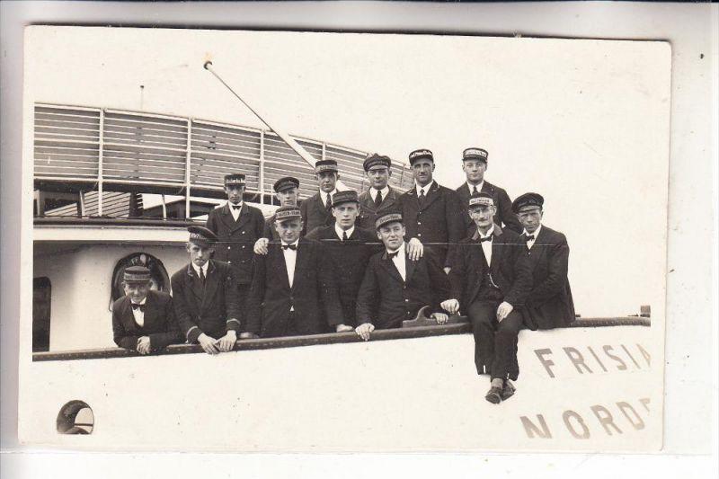 2982 NORDERNEY, Fährschiff FRISIA - Besatzung, Photo-AK 0