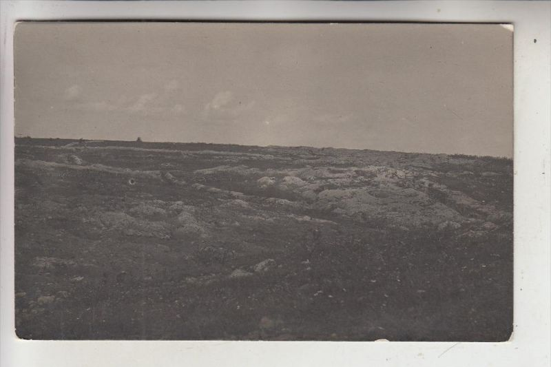 BELARUS / WEISSRUSSLAND - 1.Weltkrieg, Stellung an der Strasse Smorgon-Kowno, Photo-AK