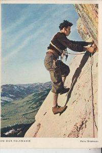 SPORT - BERGSTEIGEN - An der Felswand