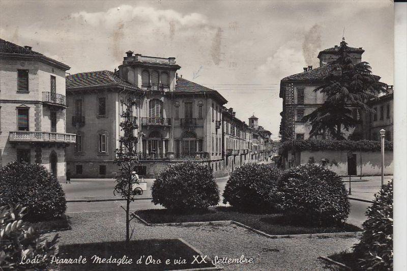 I 26900 LODI, Piazzale Medaglie d'Oro & Via XX. Settembre / Iceman - Eisverkäufer, 1957