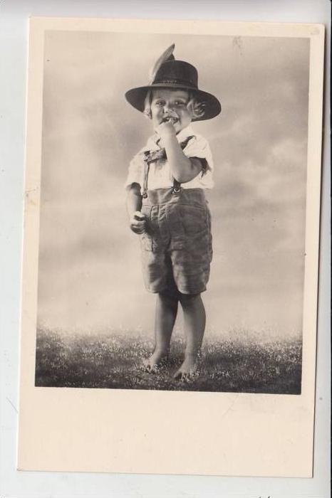 KINDER / Children / Kinderen / Enfants / Bambini / Ninos/ Dzieci - Junge mit Hut und Lederhose
