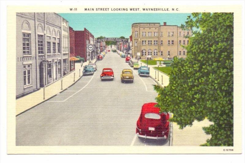 USA - NORTH CAROLINA - WAYNESVILLE, Main Street Looking West