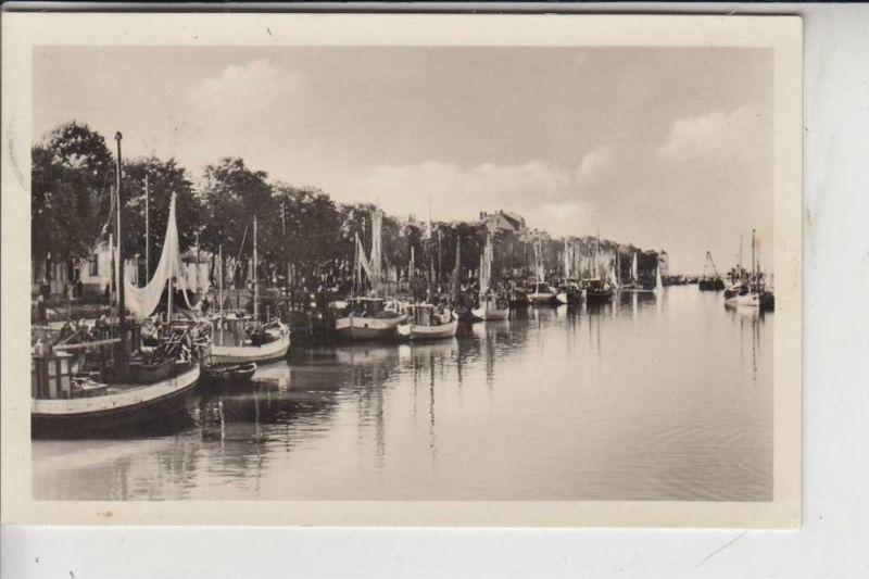 0-2500 ROSTOCK - WARNEMÜNDE, Hafen 1955