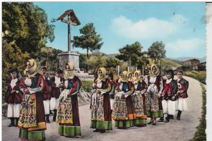 I 08027 ORGOSOLO, Costumi Sardi