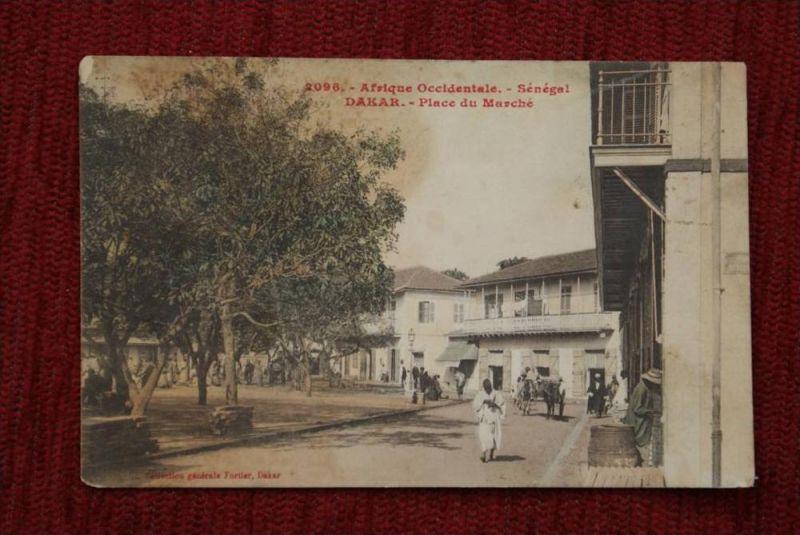 SN SENEGAL - DAKAR, Place du Marche, Cafe-fleckig