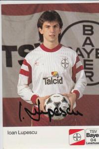 SPORT - FUSSBALL - BAYER LEVERKUSEN - IOAN LUPESCU - Autogramm
