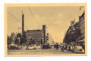 ZUID-HOLLAND - ROTTERDAM, Bijenkorf, Oldtimer BMW-Cabrio