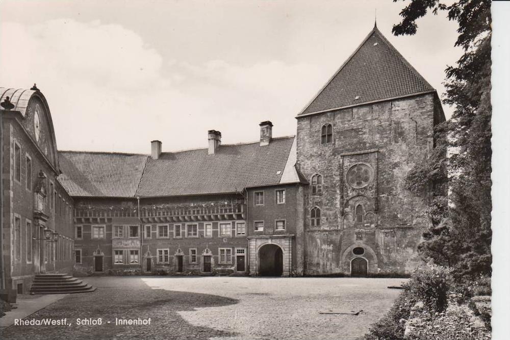 4840 RHEDA, Schloss - Innenhof, rücks. kl. Klebereste 0