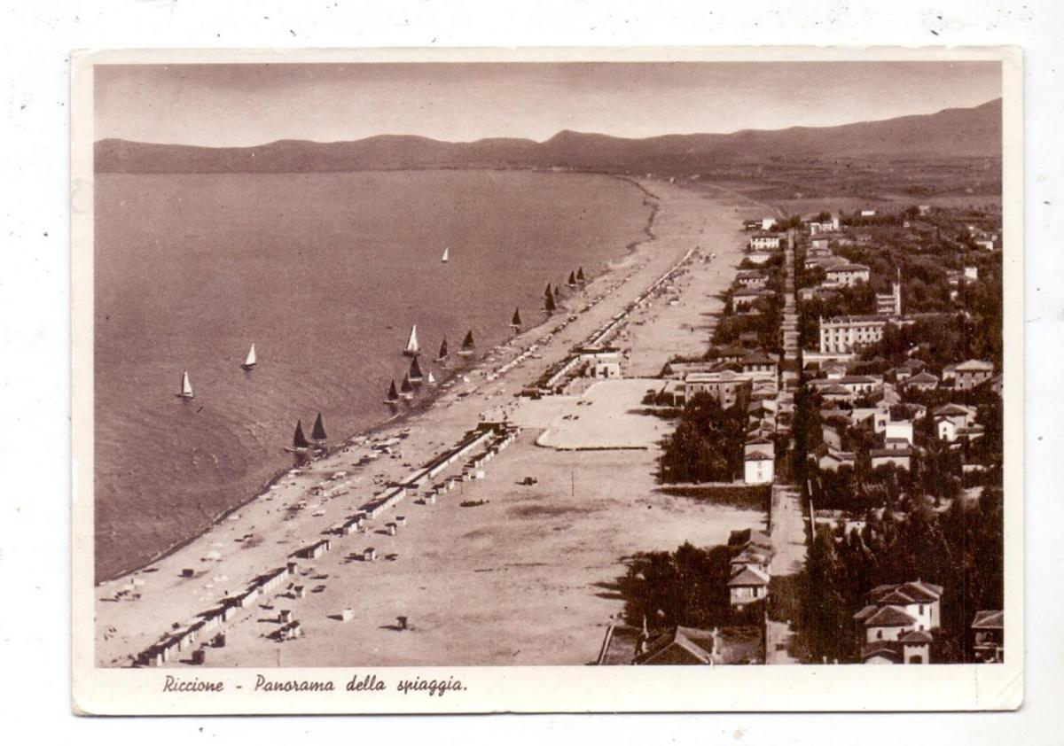 I 47838 RIMINI, Panorama della spiaggia, 1947 0