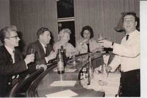 BERUFE - BARKEEPER - PHOTO-AK 1964, Garmisch-Partenkirchen