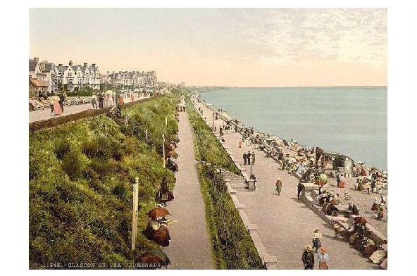Altes Photochrome-Farbfoto Strandpromenade in Clacton on Sea (Neudruck als Postkarte) 0
