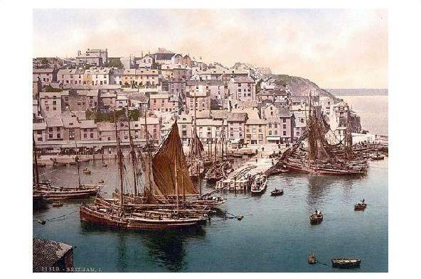 Altes Photochrome-Farbfoto Blick über den Hafen auf Brixham (Neudruck als Postkarte)