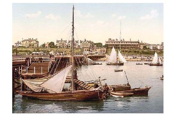 Altes Photochrome-Farbfoto Teilansicht von Clacton on Sea (Neudruck als Postkarte)