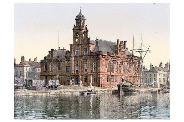 Altes Photochrome-Farbfoto Rathaus in Yarmouth (Neudruck als Postkarte)