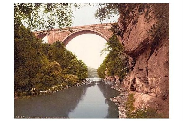 Altes Photochrome-Farbfoto Ballochmyle Viaduct bei Mauchline (Neudruck als Postkarte)