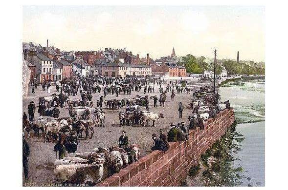Altes Photochrome-Farbfoto Viehmarkt in Dumfries (Neudruck als Postkarte)