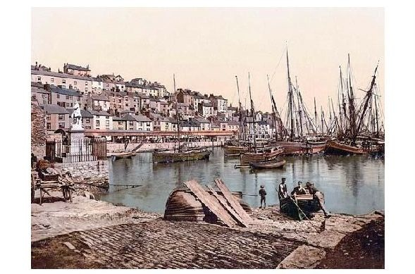 Altes Photochrome-Farbfoto Segelschiffe im Hafen von Brixham (Neudruck als Postkarte)