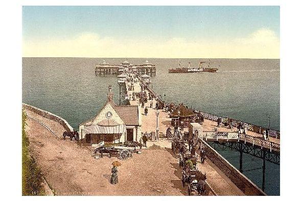Altes Photochrome-Farbfoto Seebrücke von Llandudno (Neudruck als Postkarte)