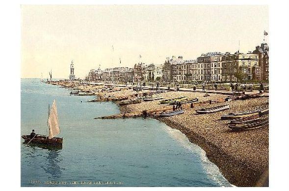 Altes Photochrome-Farbfoto Panorama von Herne Bay mit Strand (Neudruck als Postkarte)