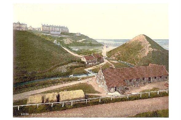 Altes Photochrome-Farbfoto Cat Nab von Saltburn by the Sea (Neudruck als Postkarte)