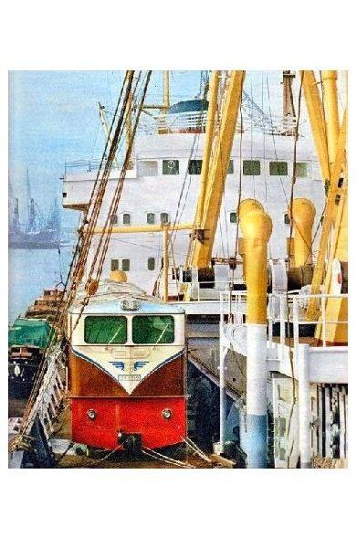 Farbfoto Französische Alsthomlok für Burma verladen auf einem Schiff (Neudruck als Postkarte)